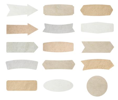 nota de papel: Las etiquetas de papel aislados sobre fondo blanco