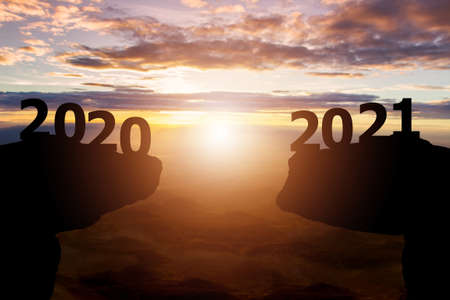 Between 2020 and 2021 years with Silhouette sunset background Zdjęcie Seryjne