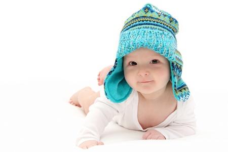recien nacidos: beb� feliz en el est�mago