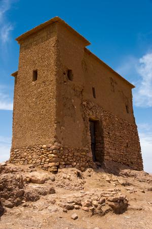 Lehmgebäude in der marokkanischen Berberfestung A t Benhaddou Standard-Bild - 86045995