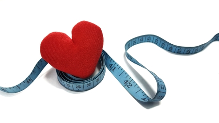 Waist circumference affects the heart. Waist circumference should not exceed standard.Coronary artery disease.