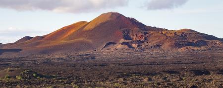 パルケ ナシオナル デ ティマンファヤ、ランサローテ島、スペインでの火の山