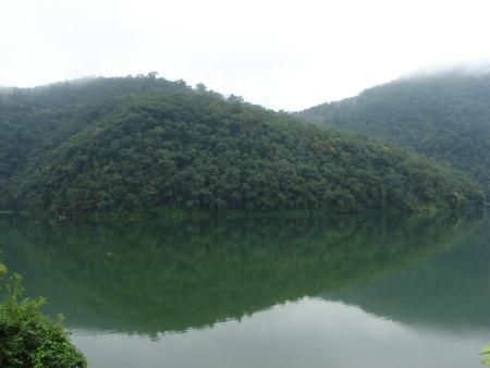pokhara: Pokhara lake, Nepal