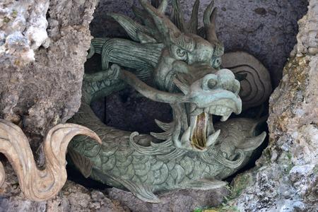 craving: Yunnan Lijiang Dongba Valley-dragon craving