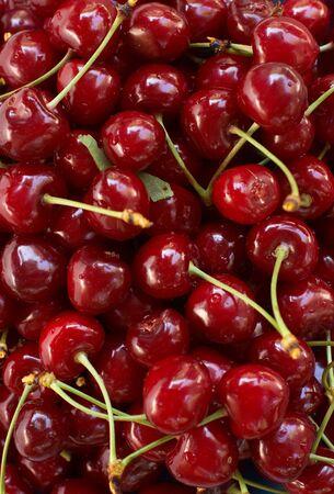 inmejorablemente: Rojo-cereza madura. Lo ideal ser�a como fondo Foto de archivo