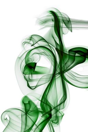 incienso: Green humo en fondo blanco Foto de archivo