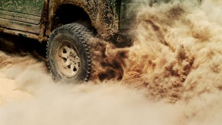 пыль: Внедорожник подробно Фото со стока