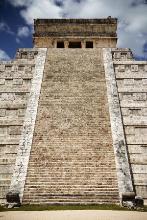mayan riviera: Chichen Itza, great pyramid
