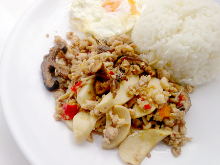carne picada: Stir fried mix mushroom with mince pork and mix vegetable.