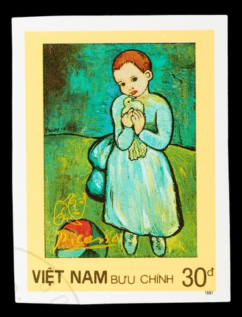pablo: VIETNAM - CIRCA 1987: A stamp printed in Spain shows painting by Pablo Picasso, circa 1987 Stock Photo