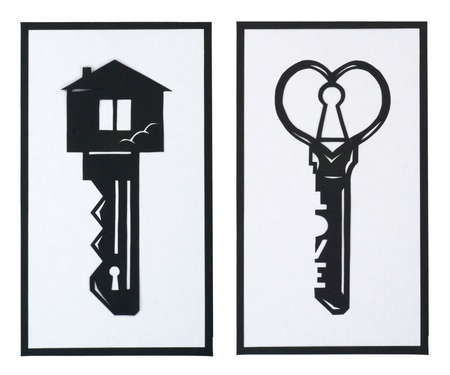 Set of a key in the shape of a house and a heart on a background Foto de archivo