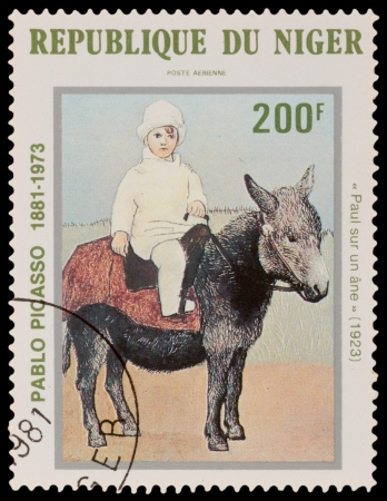 NIGER - CIRCA 1981: A stamp printed in the NIGER, shows painting by Pablo Picaso, circa 1981