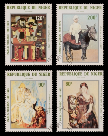 printmaker: NIGER - CIRCA 1981: A set of postage stamps printed in the NIGER, shows paintings by Pablo Picaso, circa 1981 Editorial