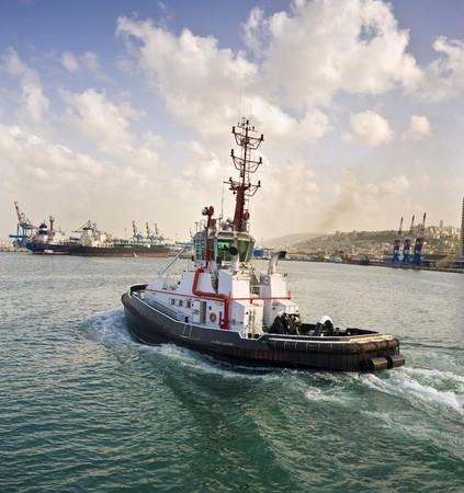 tugboat: tugboat at Haifa port, Israel