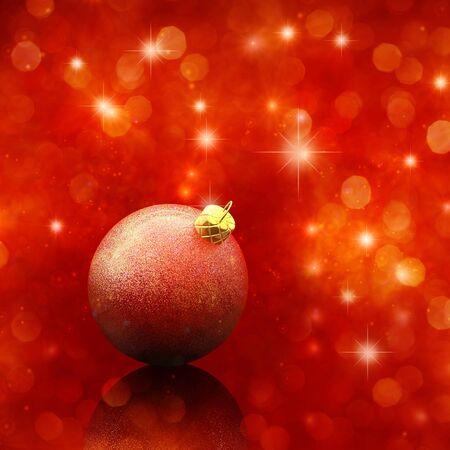 red glittery: Pallina di Natale su sfondo rosso scintillante Archivio Fotografico