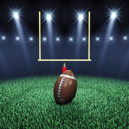 Green field de football, boule, poteau de but et projecteurs, arène de Sport Banque d'images