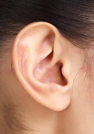 Vrouw oor