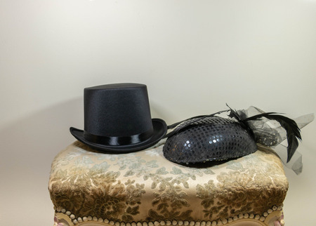 Men's and women's duo hat, hat and winged hat fascinator hat