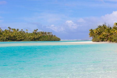 motu: view of gorgeous picture perfect island, one foot island at aitutaki lagoon, cook islands
