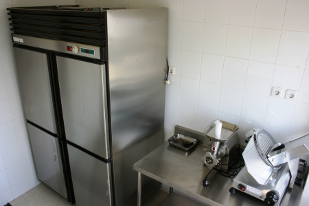 stainless steel kitchen: kitchen cooking as a training hospitality students