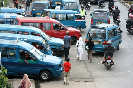 de dichtheid en het openbaar vervoer terminals in Depok, West-Java, Indonesië