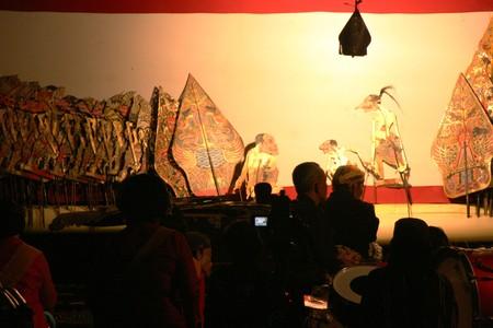 kulit: Wayang Kulit Shadow Puppet Show at java Editorial