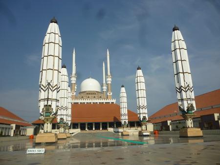 Agung Mosque作为位于Semarang市,中爪哇省,印度尼西亚的新地标