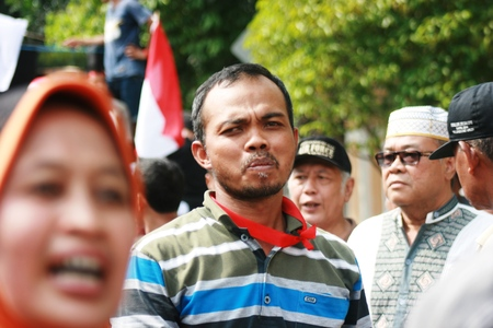 traders: Blora, Indonesia, May 25, 2016. Thousands of traditional market traders held a peaceful rally in front of the office of Regent Blora to refuse relocation market