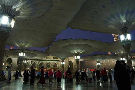 madina: Muslims get ready to pray inside Nabawi Mosque in Medina, KSA Muslims gathered for prayer around the Prophet s mosque