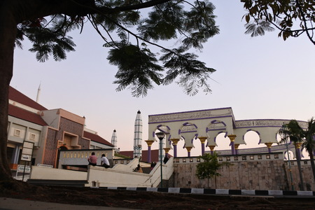 agung mosque as new landmarks located in semarang city, central java, indonesia Imagens
