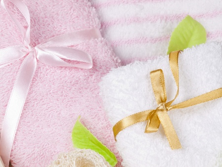 convolute: Convolute towels and soap as a green leaves