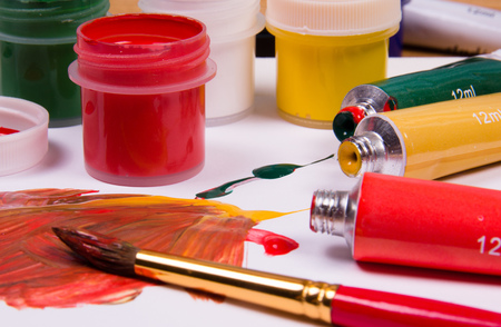 pallette: Acrylic Paint on Pallette and tubes Stock Photo