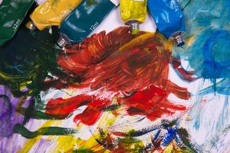 pallette: Peinture acrylique sur Pallette et tubes