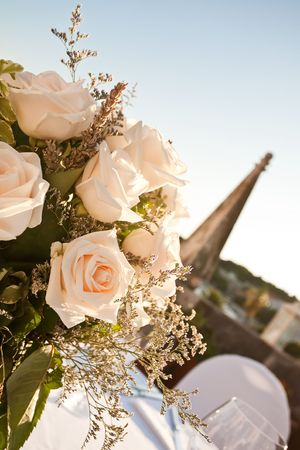 Table arrangement of roses and lavander. Stock Photo - 6544393