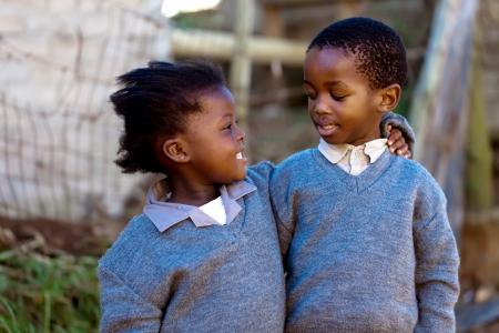ni�os malos: C�mo cuidar y amar uno al otro, estos dos familiares