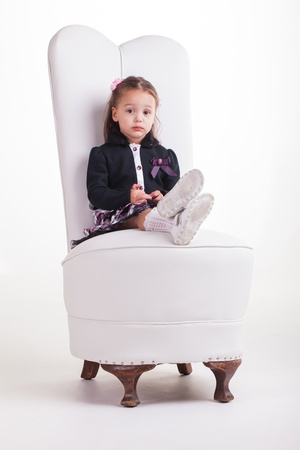 Queso, �seguro que no me puede encontrar una silla m�s grande? photo