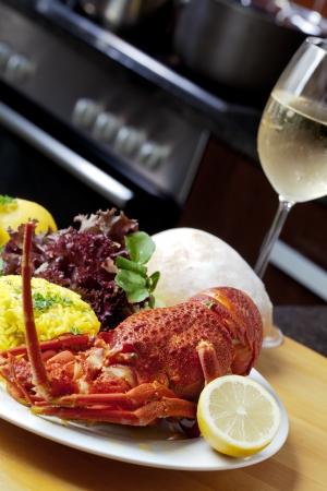 sauvignon blanc: Crayfish with white sauvignon blanc. Stock Photo