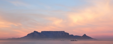 capetown: Picture taken from the beach of Blouberg beach  Stock Photo