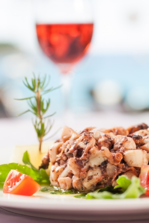 semisweet: A fish dish served with salad and semi-sweet wine.