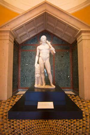 hercules: Hercules Editorial