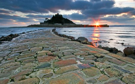 tide: The Causeway to St Michaels mount Cornwall UK
