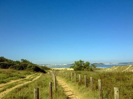 La playa de Somo en Cantabria, Camino del Norte, Camino de la Costa de Santiago, ruta de peregrinaje a lo largo de la costa norte de España