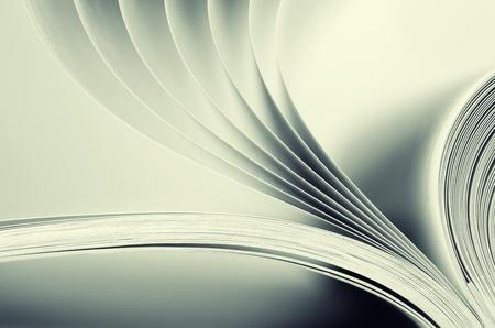 literatura: Macro vista de las p�ginas del libro. Toned