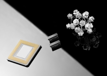 data processors: Concept balance between processor and old transistors