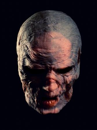 Retrato del monstruo enojado. Aislados en negro