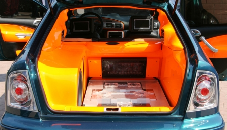 Powerful style car audio system photo