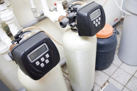 water filter: Water filtering system