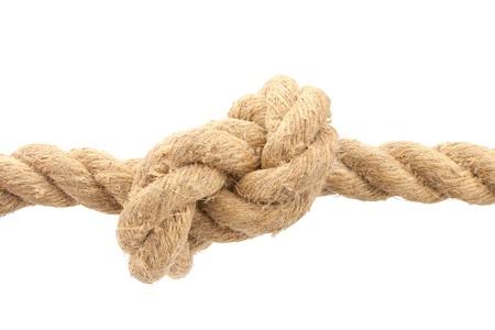 nudo: Primer plano de la cuerda con nudo aislado en blanco