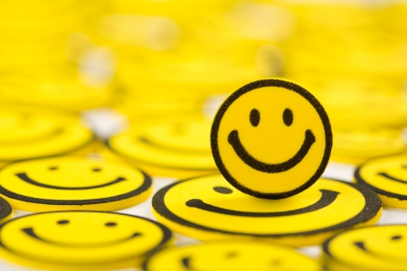 especial: Close-up of yellow smiley magnet