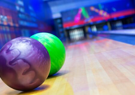 bowling pin: Balls on bowling alley against ten pins